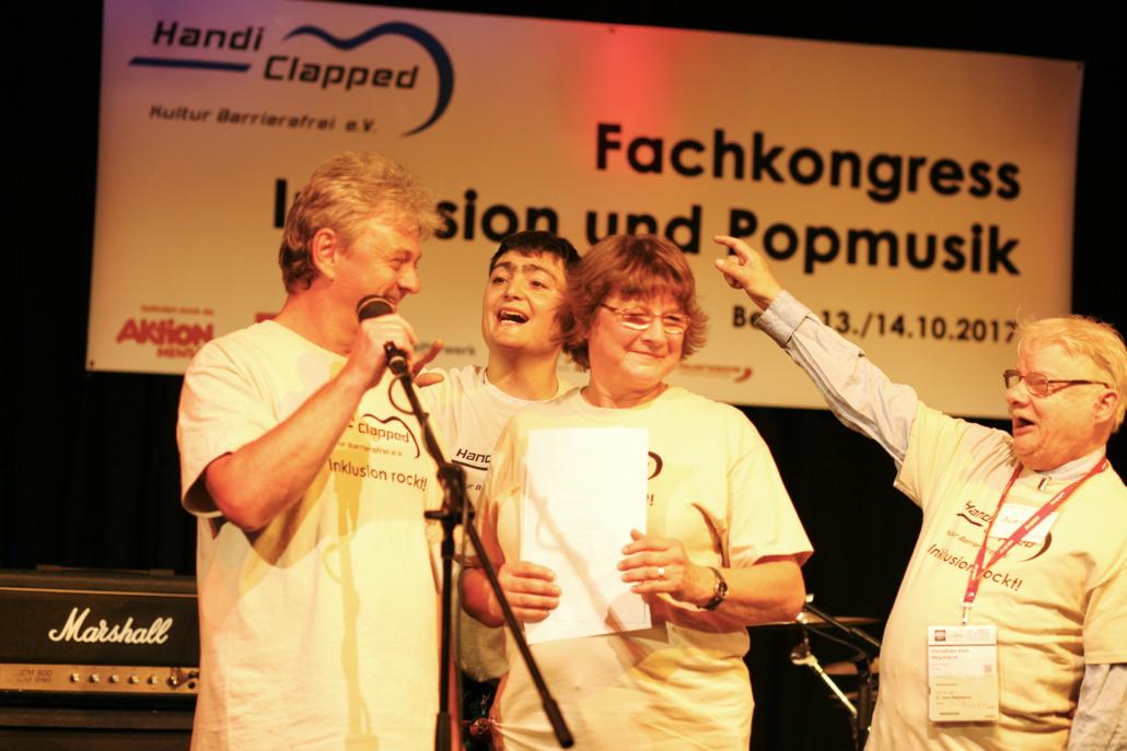 Vereinsmitglieder beim Fachkongress